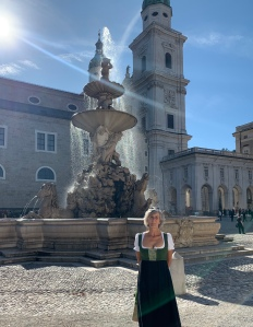 Auf dem Residenzplatz in Salzburg